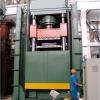 供应三梁四柱液压机 济南泉跃生产液压机