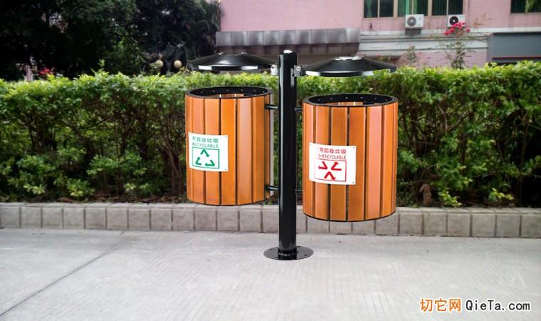 供应旅游区分类垃圾箱