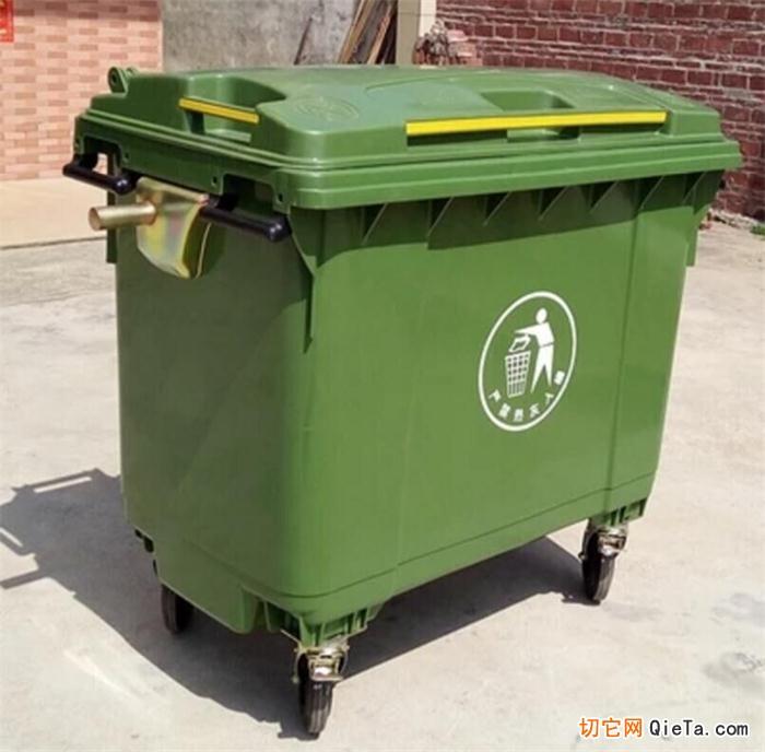 HDPE是一种结晶度高、非极性、热塑性好的高密度聚乙烯高分子树脂。在截面情况下呈有一定的半透明状。也是制作塑料垃圾桶的主要材料之一,而塑料垃圾桶要承受一定的压力,厂家一般会选用分子量大、抗破坏性能较好的PE颗粒塑料,如HDPE塑料,PE特别是HDPE颗粒型塑料已成为生产塑料垃圾桶的常用材料。