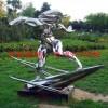 不锈钢运动人雕塑,不锈钢镜面雕塑,不锈钢雕塑厂