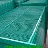 安?#20132;?#26639;网厂家现货公路护栏网,钢丝网围栏规格